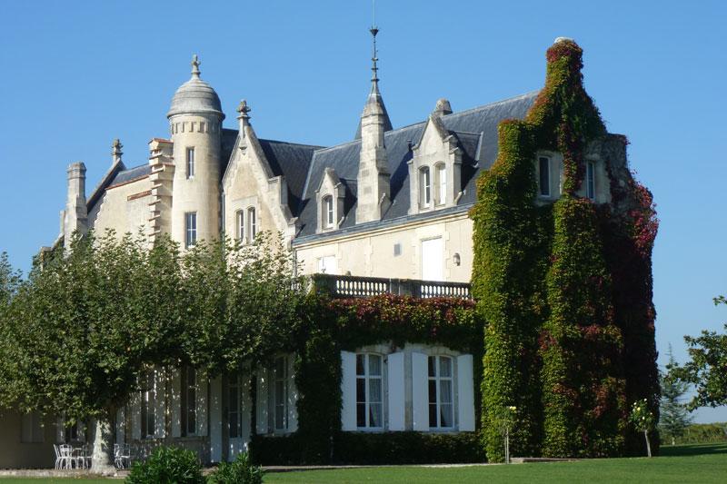 Bordeaux excursions le m doc circuit touristique et for Chateau lanessan